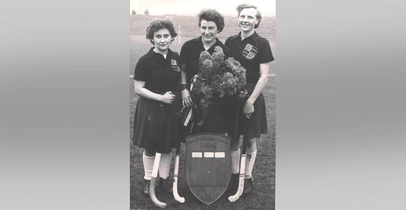 Eichenschild 1955; Rose Schmidt, Lore Deeg-Kranich, Analiese Tränkle